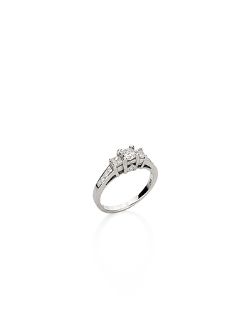 Anel-em-ouro-branco-18k-com-diamantes