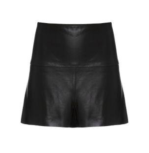 Shorts-Saia-Plissado-Preto