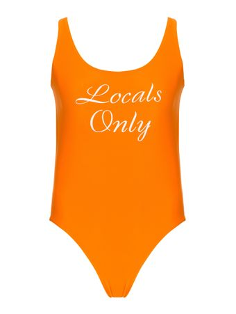 MAIO-LOCALS-ONLY-CORAL