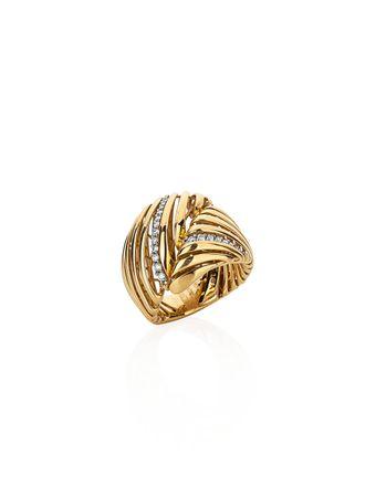 Anel-em-ouro-amarelo-com-diamantes